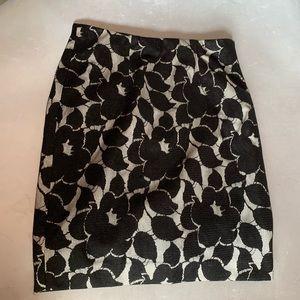 New Ann Taylor Black Lace Pencil Skirt 4P Petite